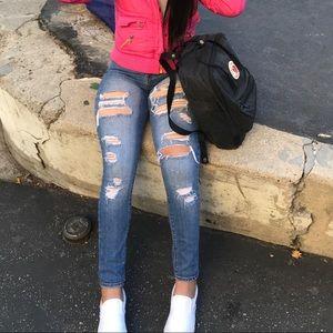 Bullhead ripped jeans